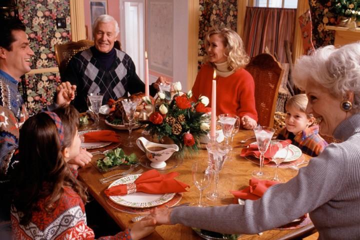 Сценарий новогоднего вечера дома с семьей