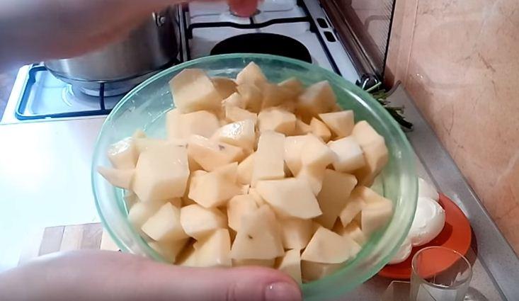 Зеленый суп с щавелем яйцом и мясом рецепт с фото пошагово