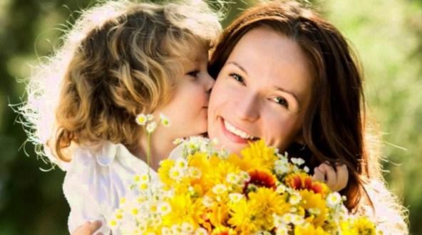 mame_ot_dochki_pozdravleniya_s_dnem_materi Стихи на День Матери. Подборка красивых стихотворений до слез