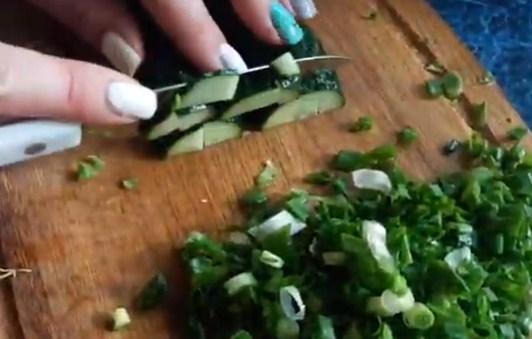 Салат с редисом и капустой - рецепт пошаговый с фото