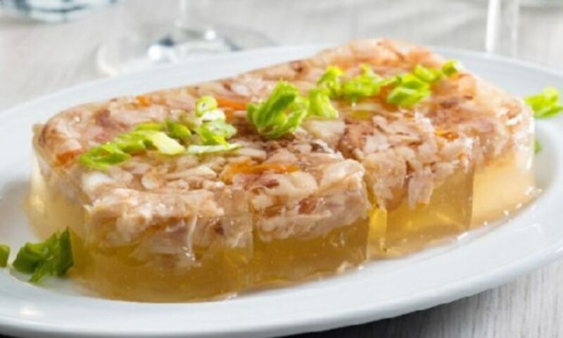 Холодец из свиных ножек и курицы — пошаговые рецепты домашнего холодца