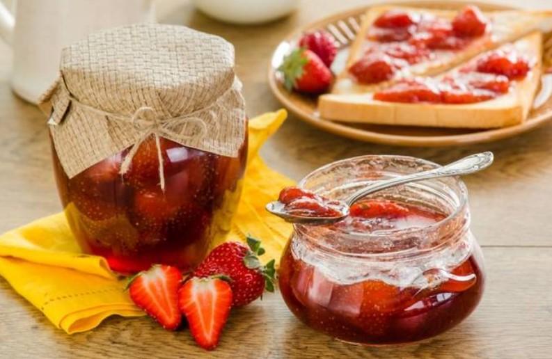Варенье из клубники «Пятиминутка» с целыми ягодами — лучшие рецепты