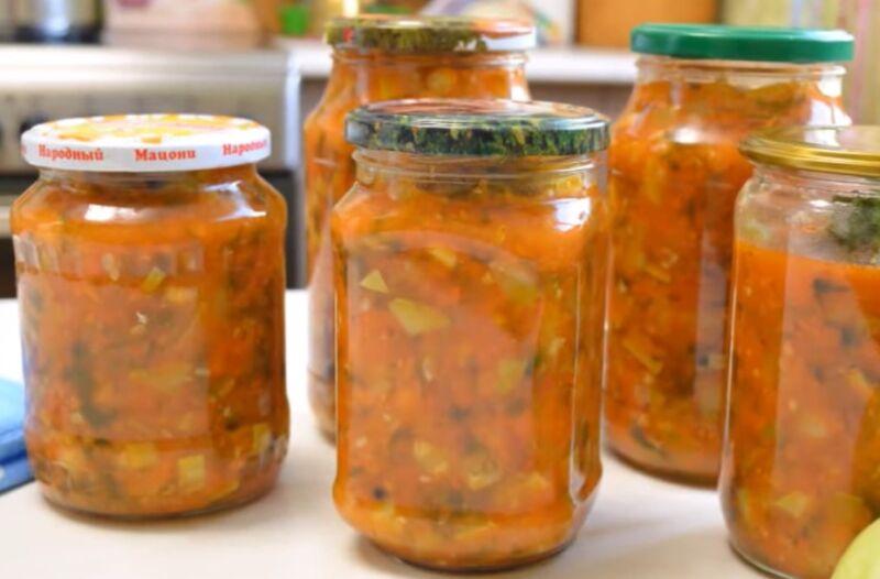 «Юрча» из кабачков на зиму — 4 пошаговых рецепта кабачкового салата